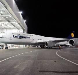 Lufthansa recebe o primeiro 747-800 de passageiros do mundo