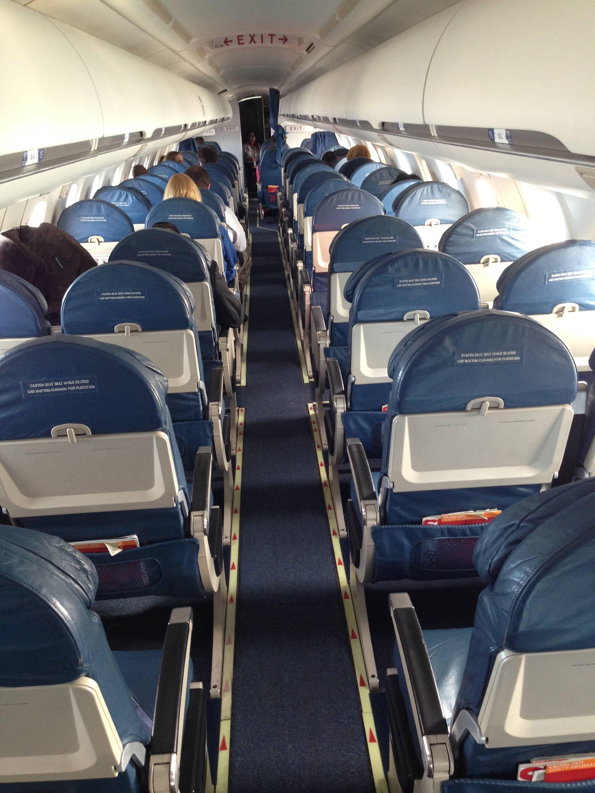 Delta First Class CRJ700