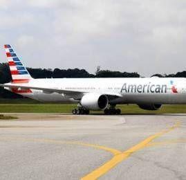 Boeing 777-300ER da American Airlines faz seu primeiro vôo