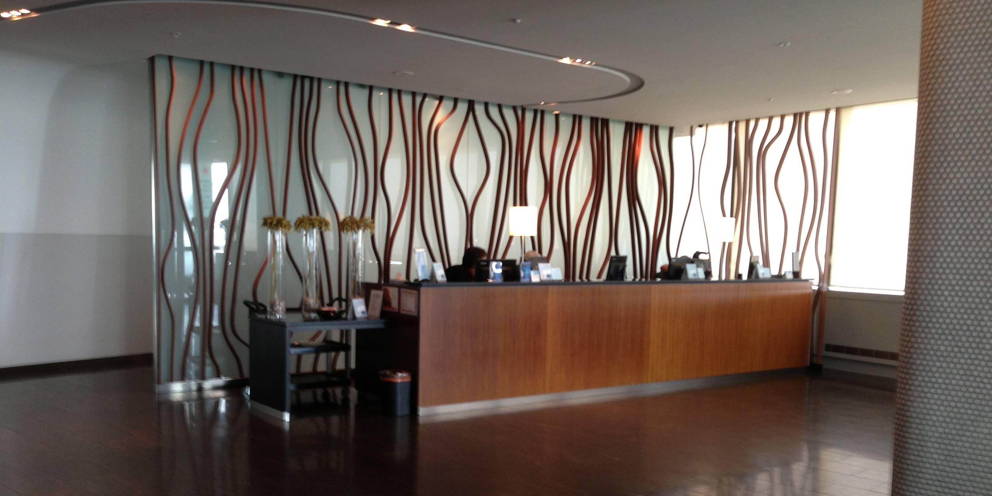 Sala VIP Maple Leaf Lounge da Air Canada no Aeroporto de Toronto