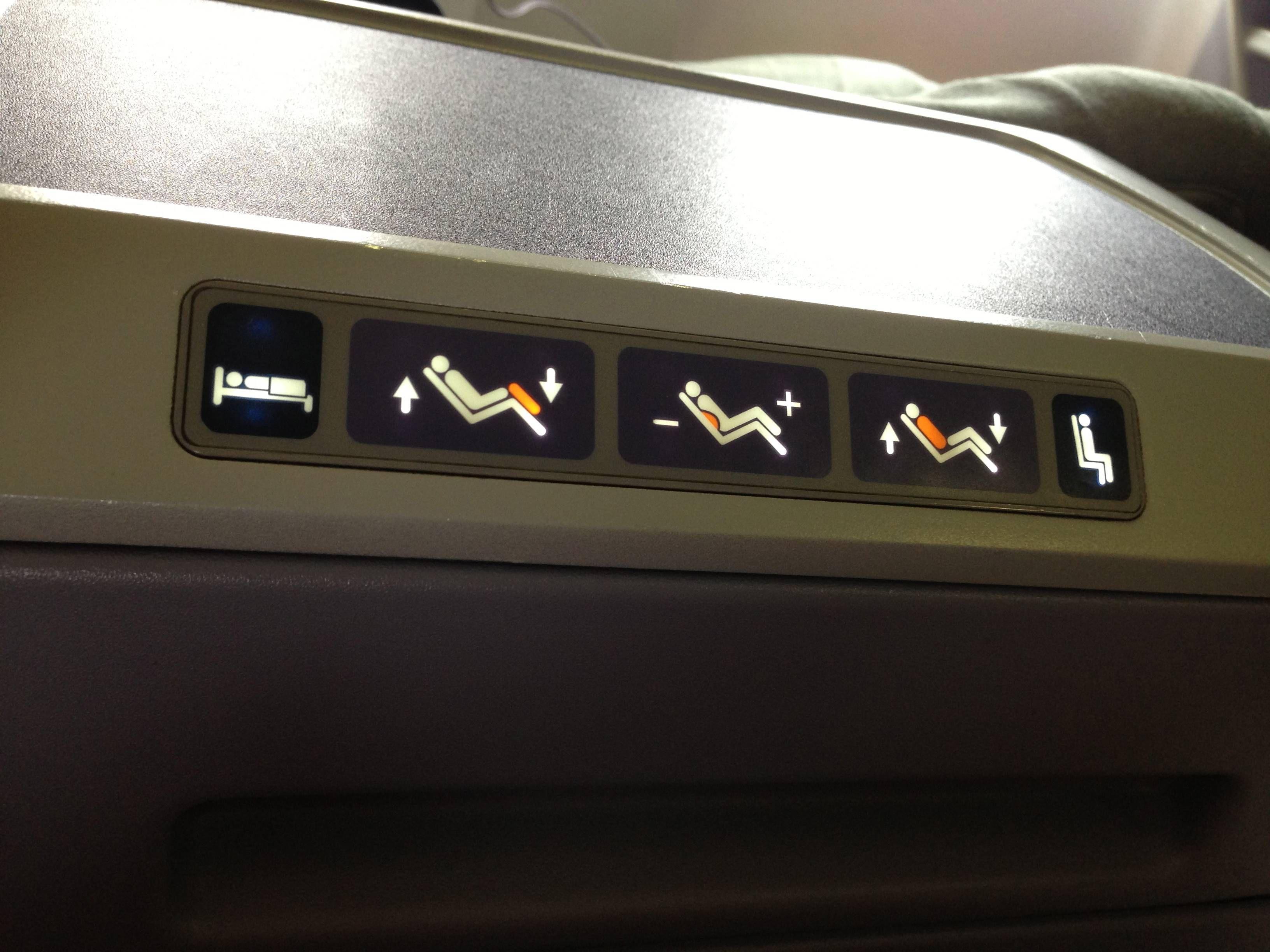 United B757-200 Business Class