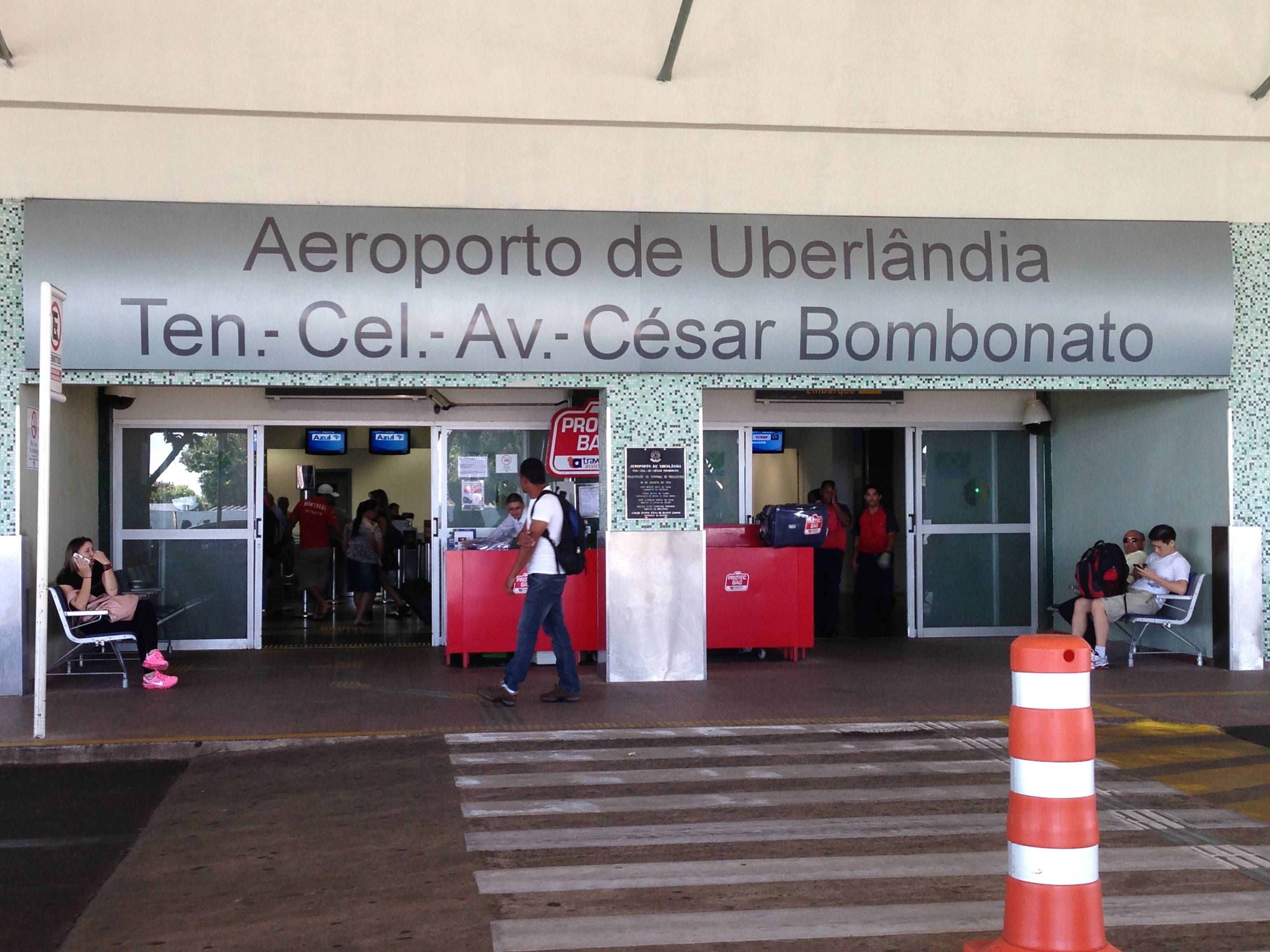 aeroporto uberlandia