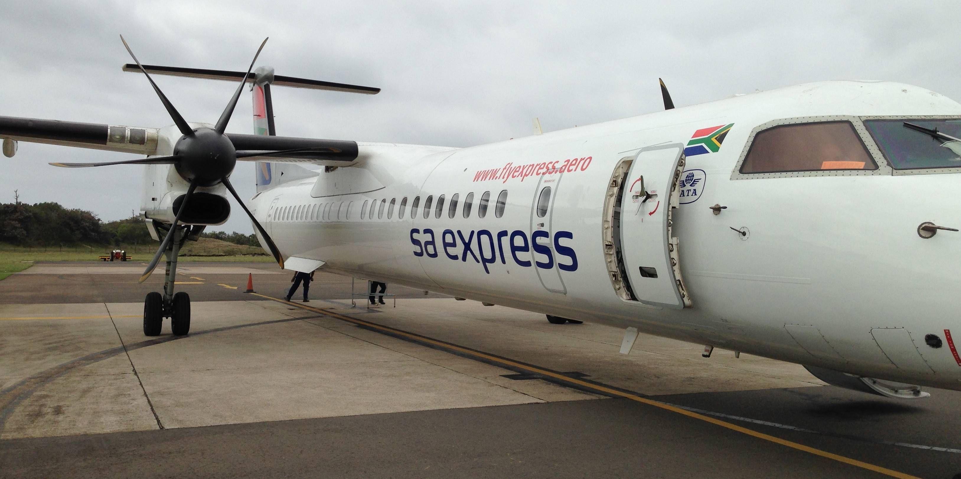 Classe Econômica da South African Express no Bombardier Q400