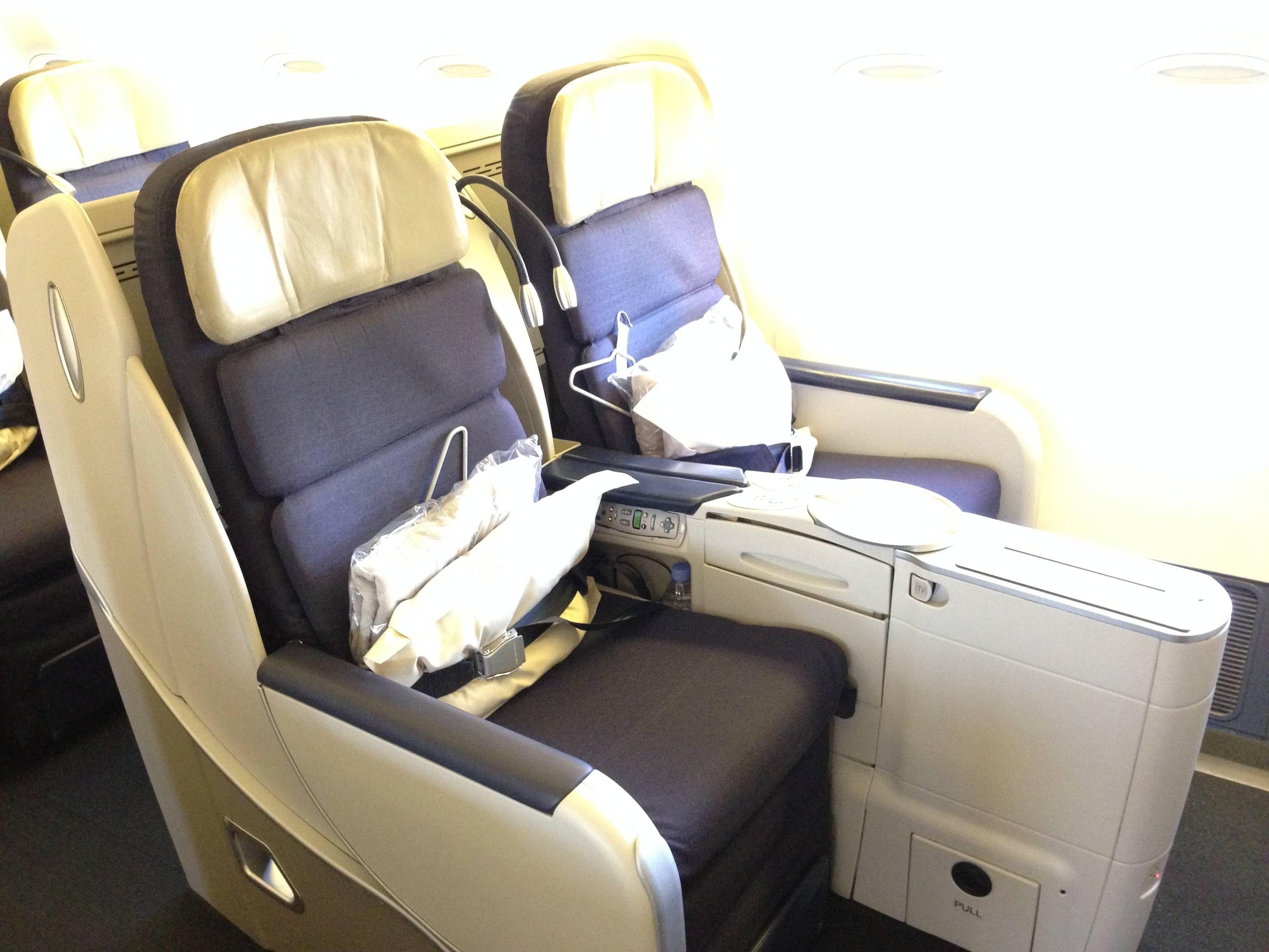 Uma dica é que a partir de Março do ano que vem a AF já vai operar  #8D763E 3264x2448 Banheiro De Avião Internacional
