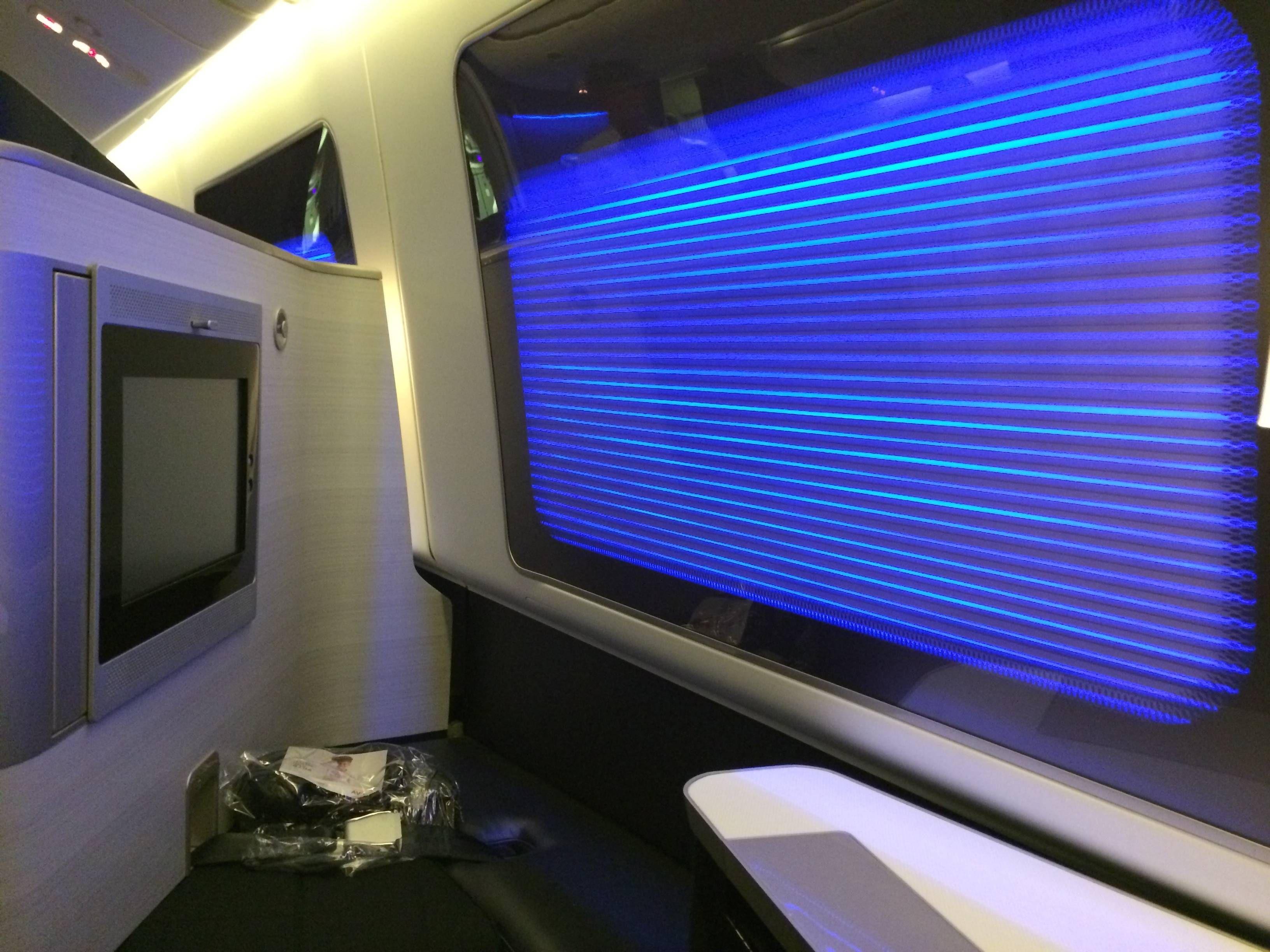 British Airways First Class Primeira Classe Boeing 777-300ER