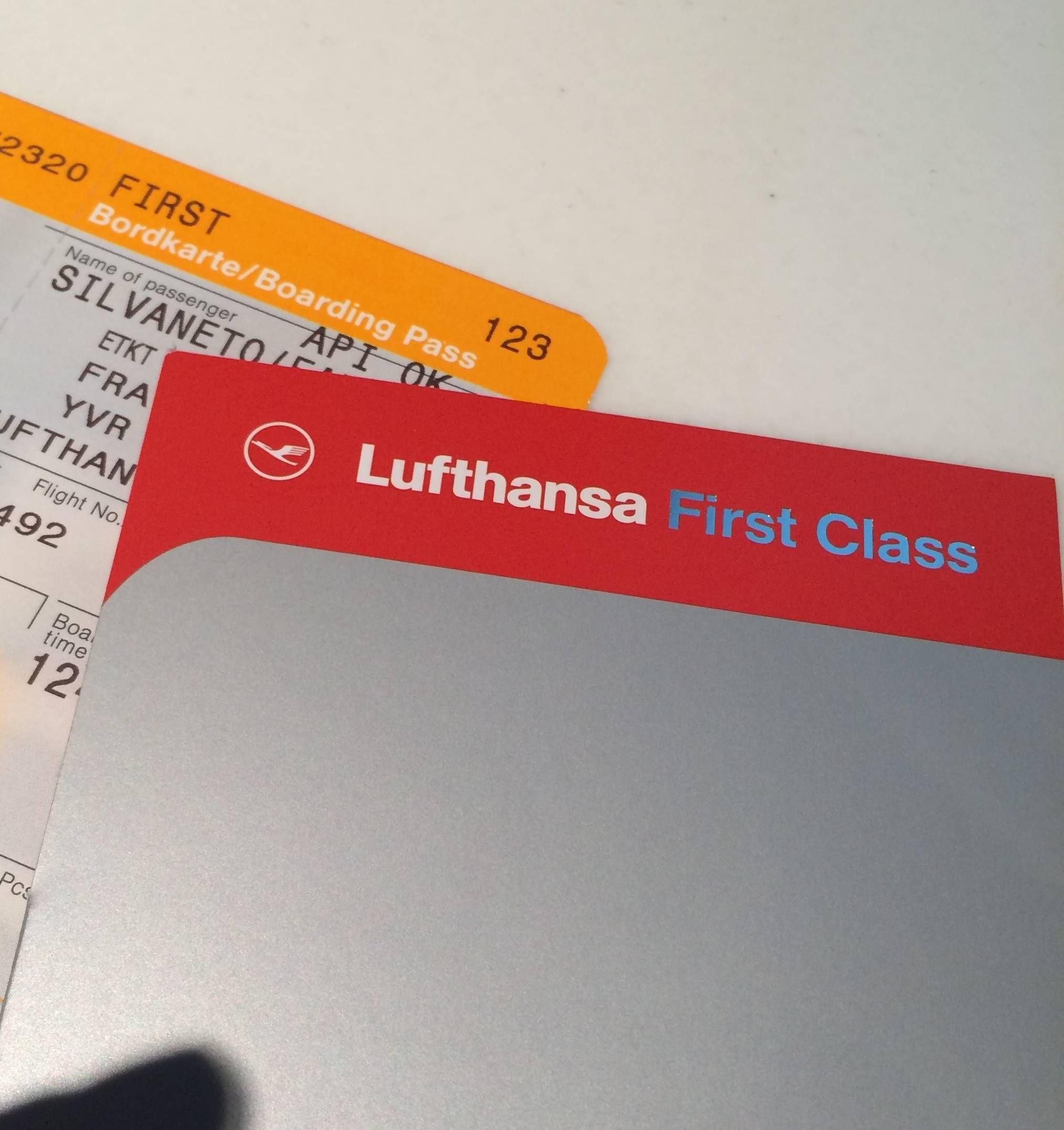 Lufthansa First Class Terminal - Passageirodeprimeira1