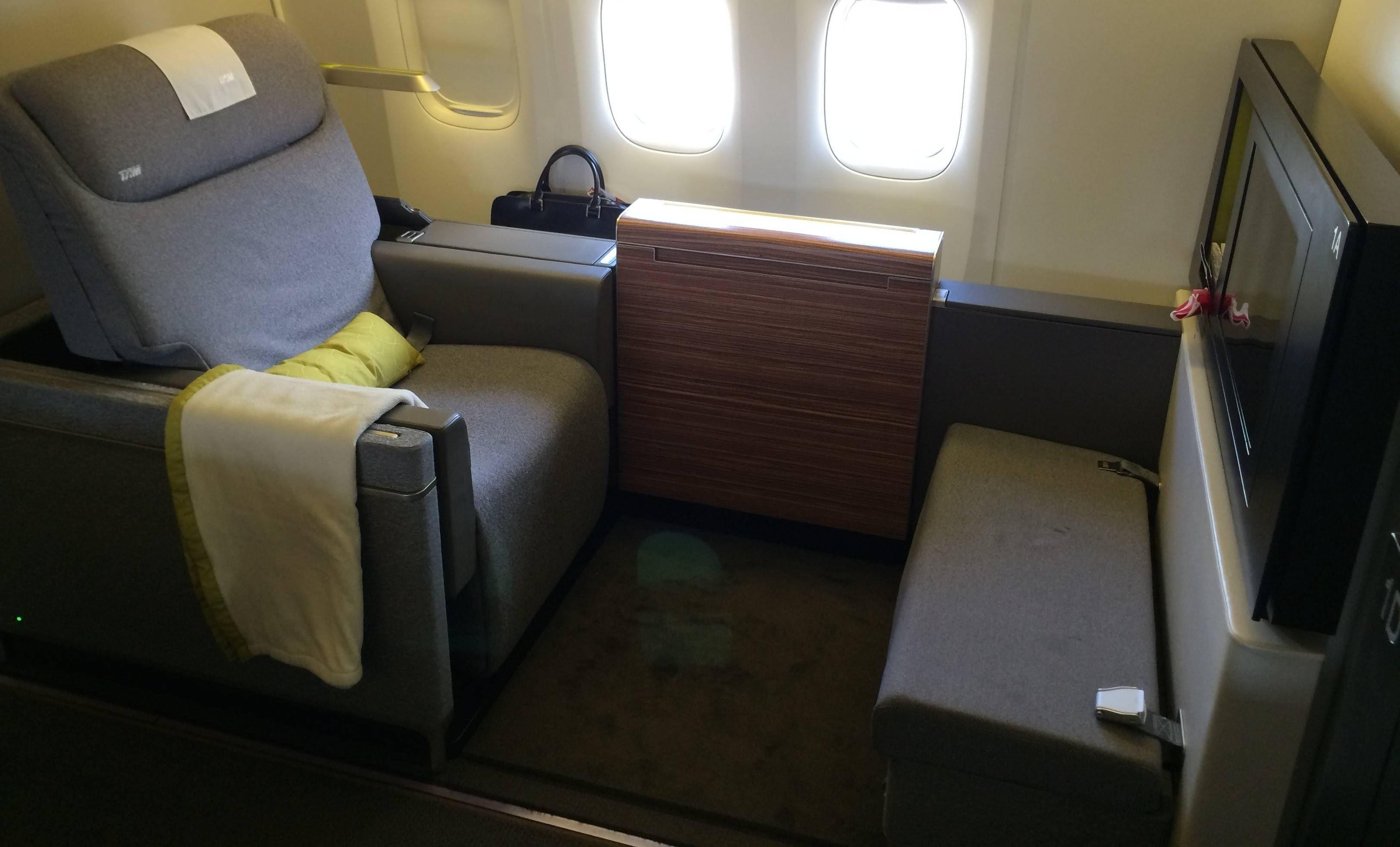 Primeira Classe da TAM no Boeing 777-300ER