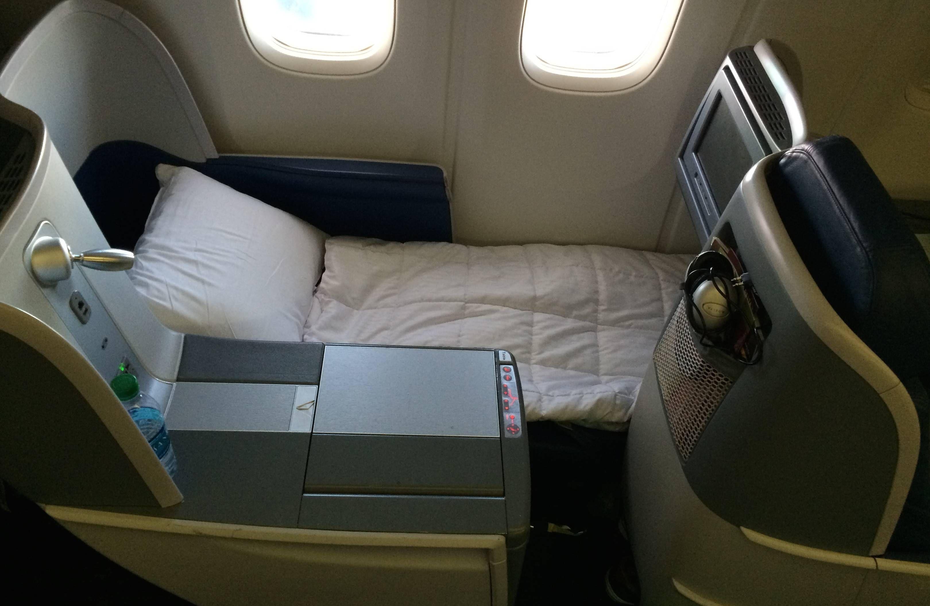 Delta Business Elite B767-400ER  Executiva Passageirodeprimeira