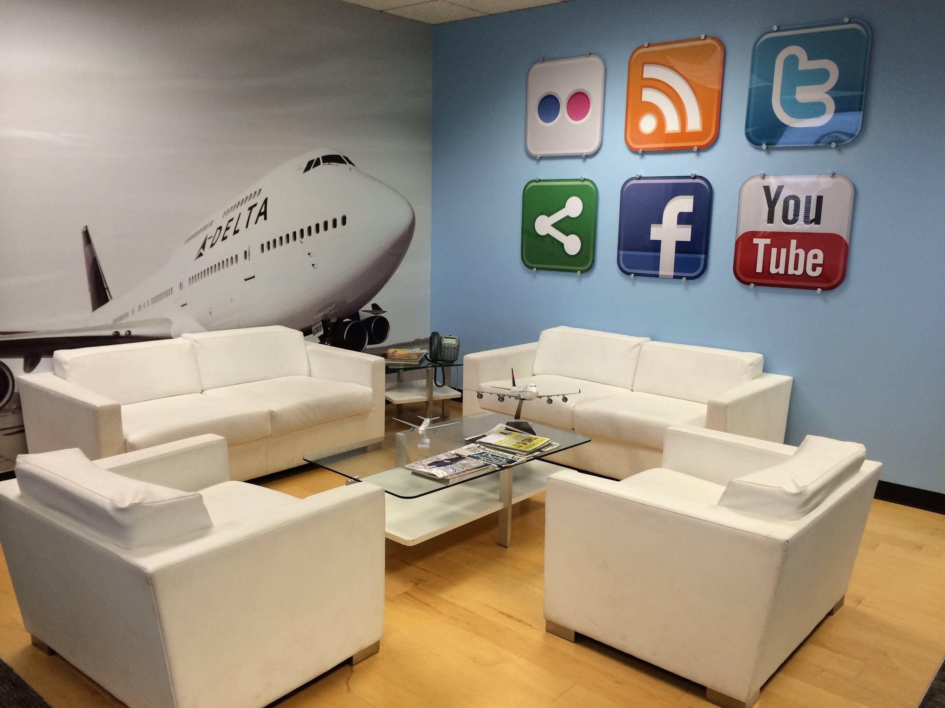 Inside Delta headquarters - passageirodeprimeira