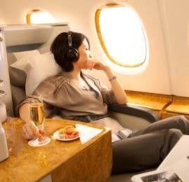 Emirates oferece até 25% de desconto para compra de passagens na classe executiva