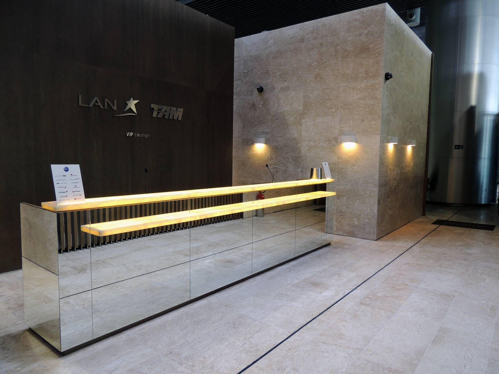 Conheça a moderna nova sala vip LATAM no Terminal 3 em Guarulhos