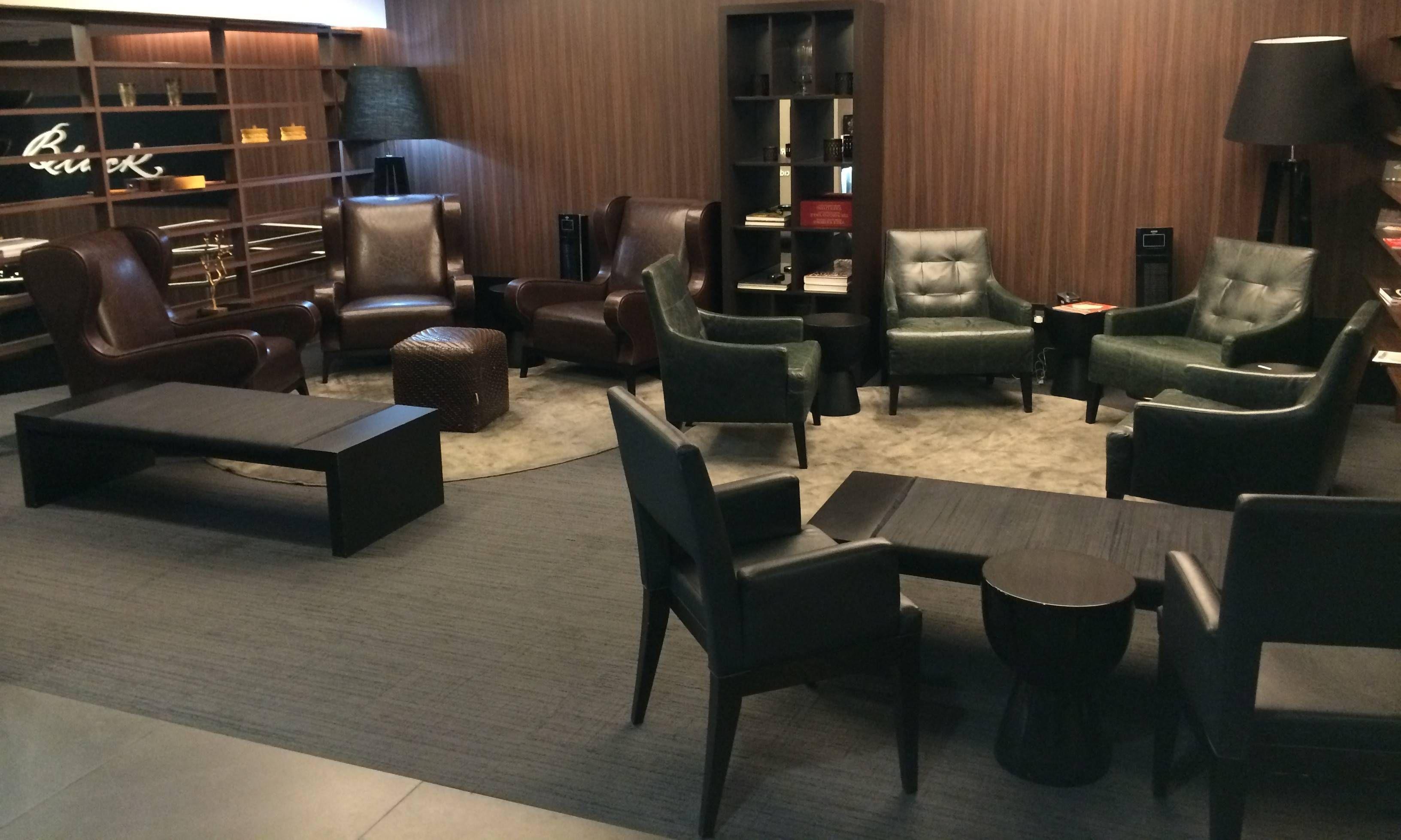 Sala VIP Mastercard Black no aeroporto de Guarulhos