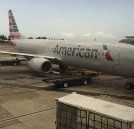 Classe Executiva da American Airlines no B737-800 com Sky Interior