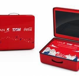 LAN, TAM e Coca-Cola lançam campanha de Natal para conectar pessoas em diferentes lugares do mundo