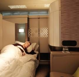 IMPERDÍVEL! Viaje na First Class Apartment da Etihad no A380 por U$900