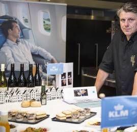 KLM renova parceria com o aclamado chef Jonnie Boer
