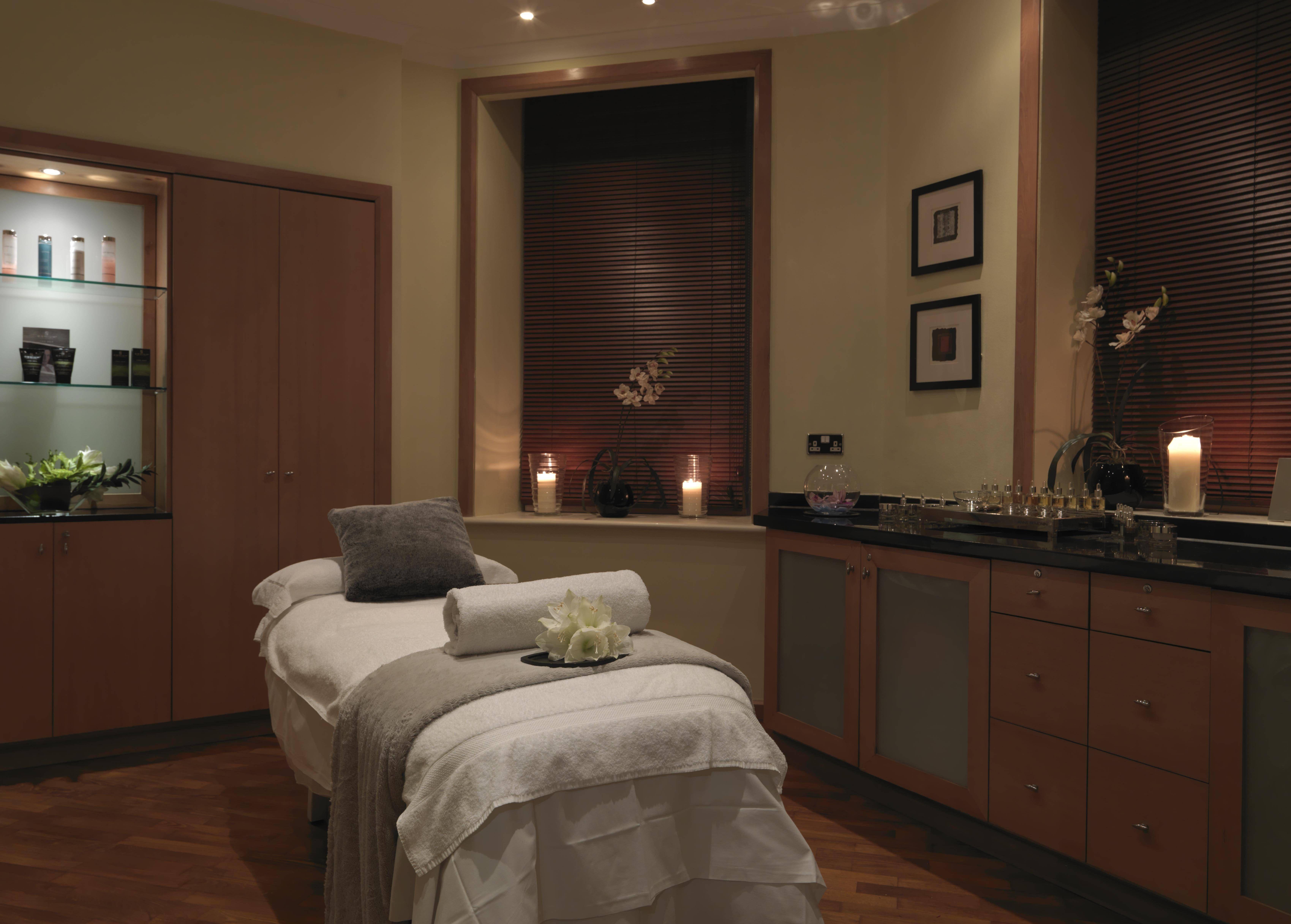 38788227-H1-Spa_Treatmentroom