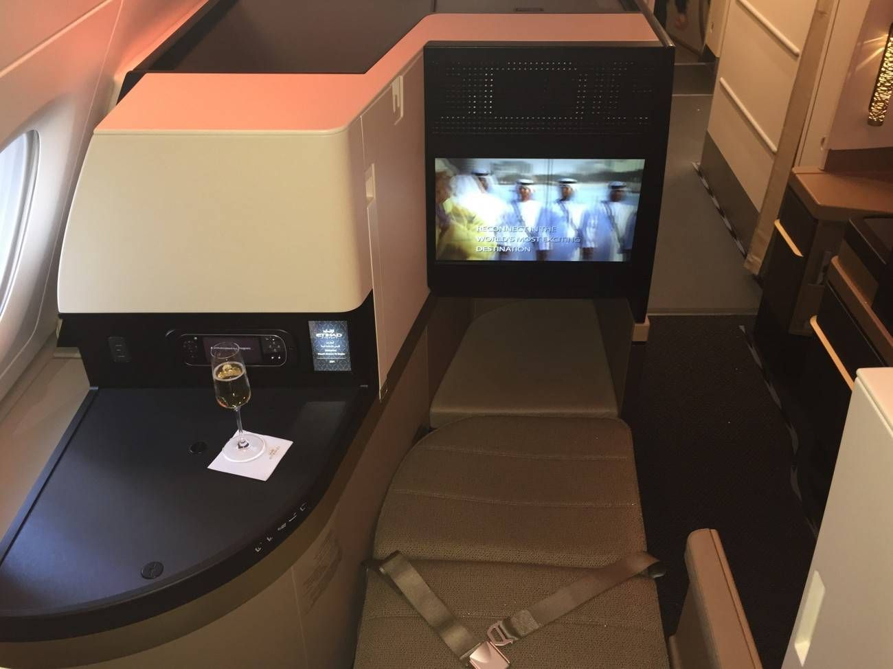 Etihad A380 Business Studio Class PassageirodePrimeira-014