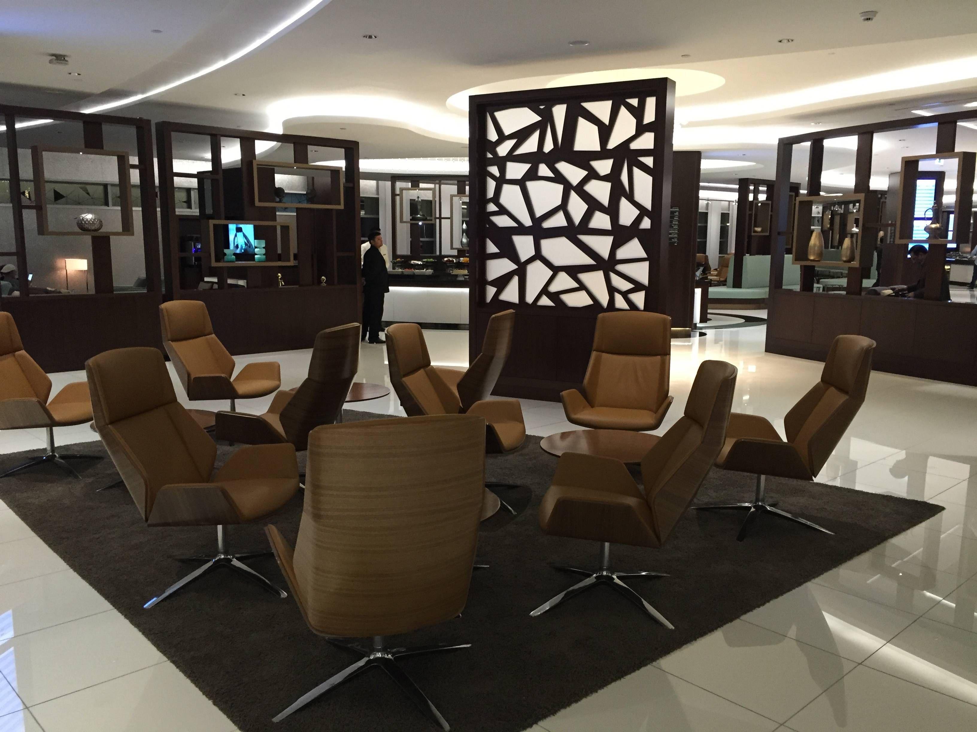 Etihad Premium Lounge Abu Dhabi - Passageiro de Primeira15