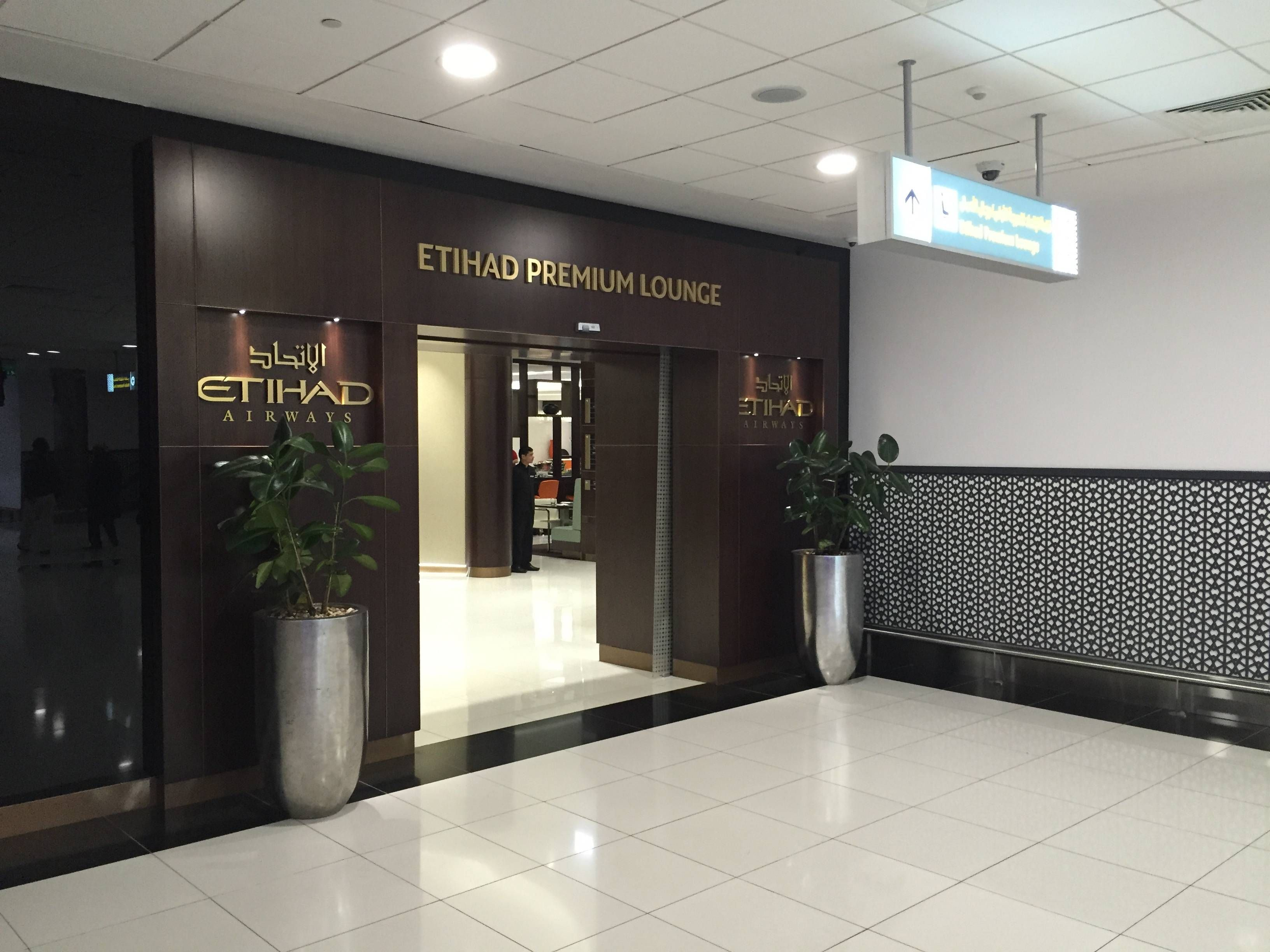 Etihad Premium Lounge Abu Dhabi - Passageiro de Primeira2