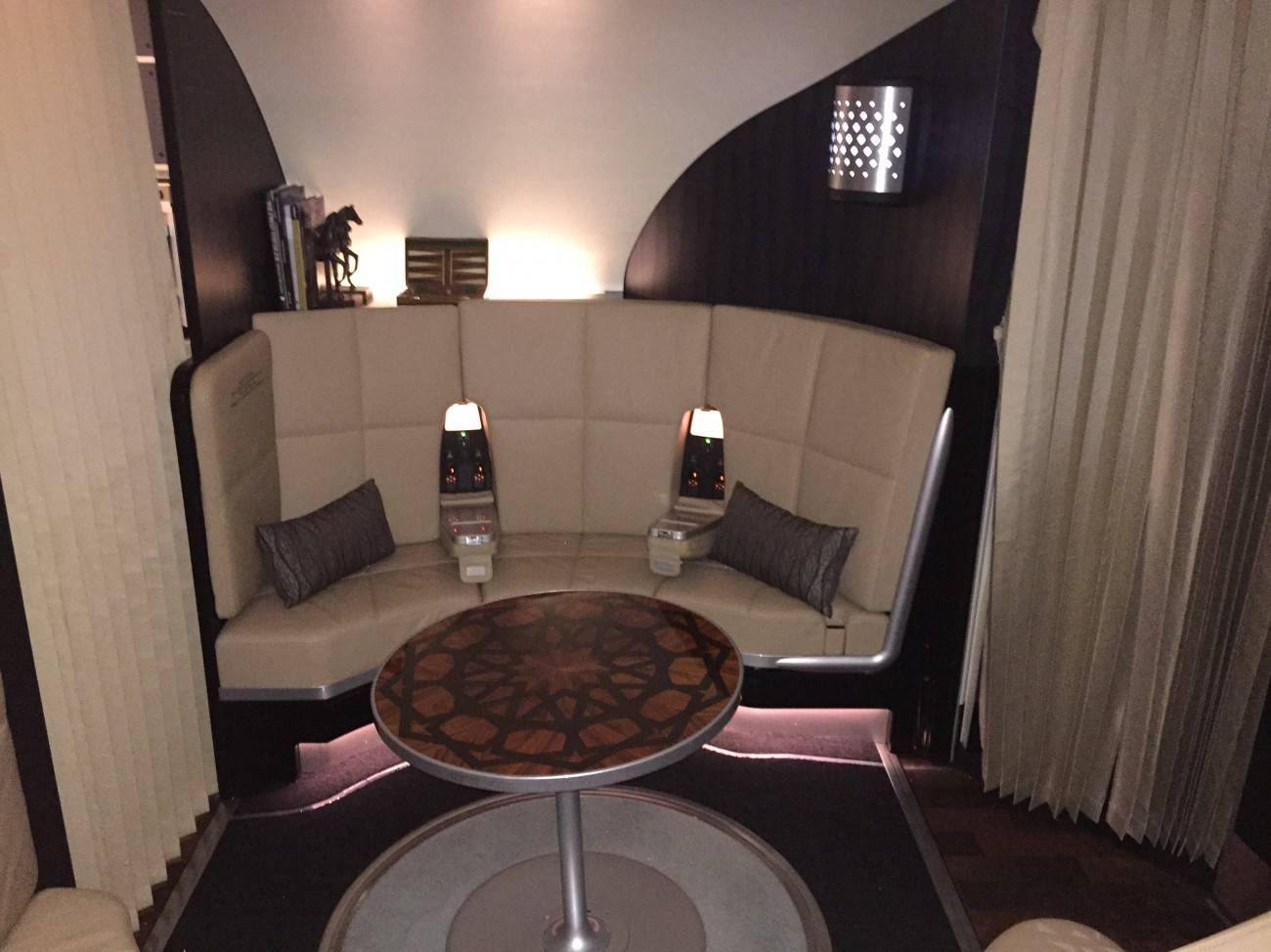 First Class Apartment A380 Etihad - PassageirodePrimeira47