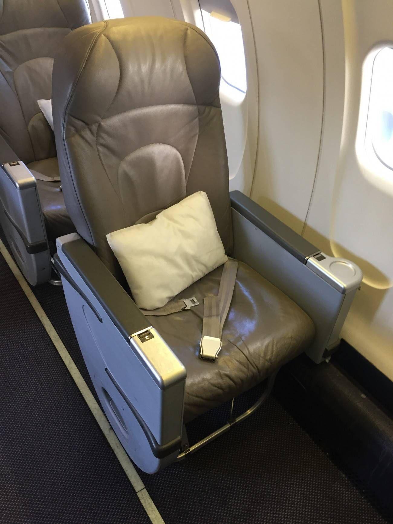 Air Canada Business Class CRJ-03