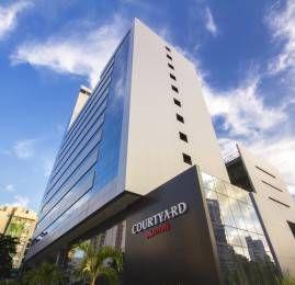 Marriott abre o primeiro hotel Courtyard by Marriott no Brasil e celebra o milésimo hotel da marca
