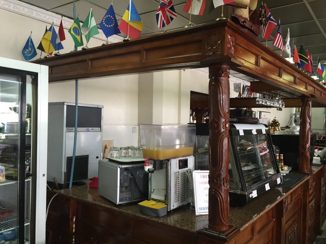 Tanzania Lounge Dar Es Salaam - 010