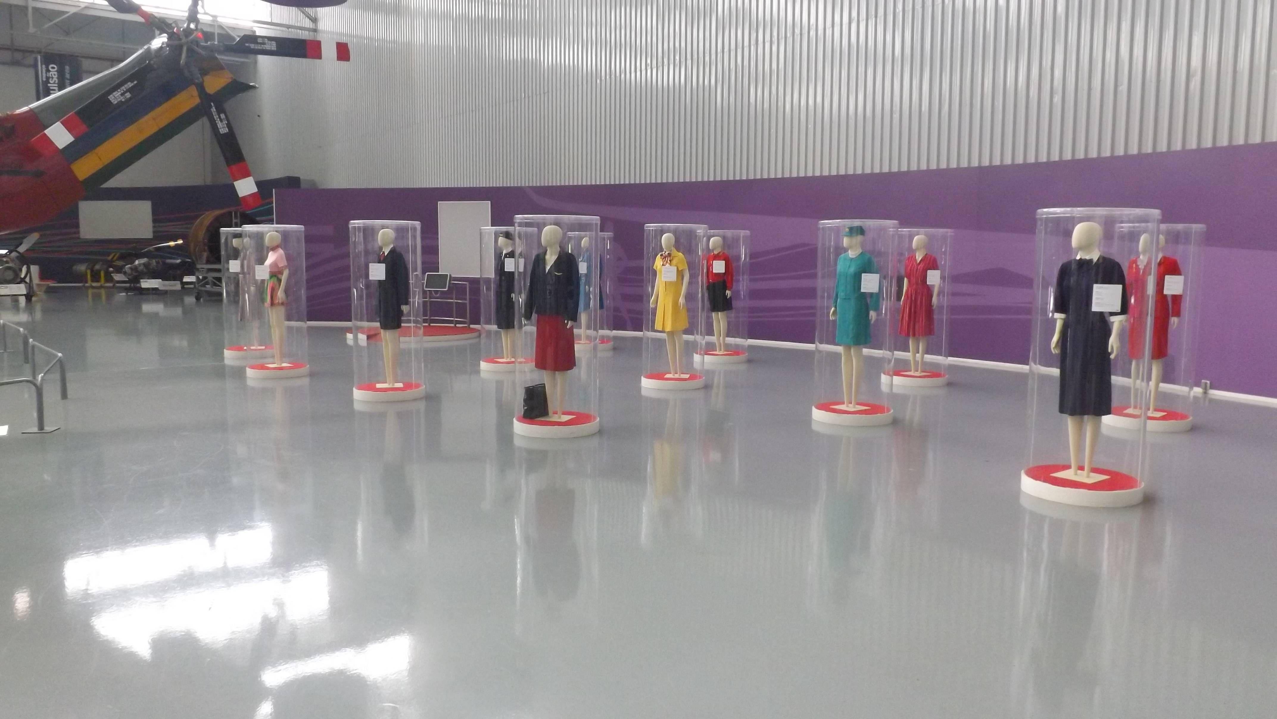 150325_exposição de uniforme_Museu TAM