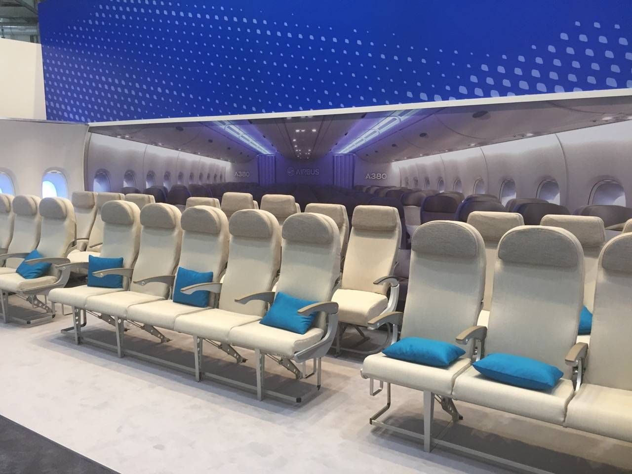 Aircraft Interiors Expo 2015-015
