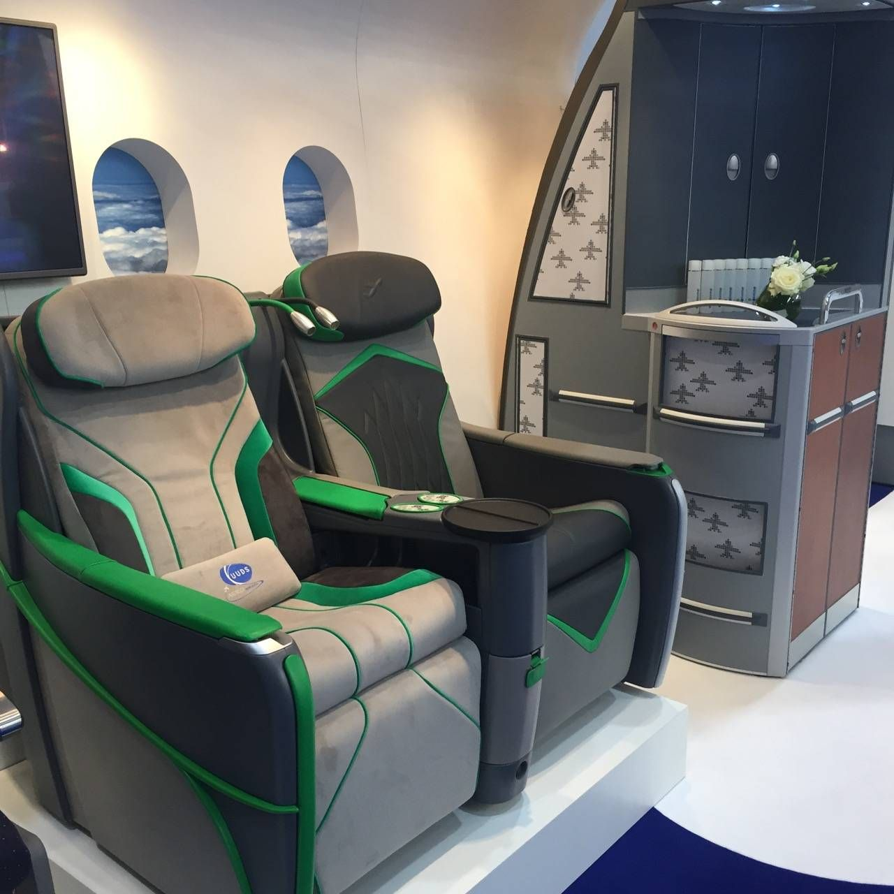 Aircraft Interiors Expo 2015-031