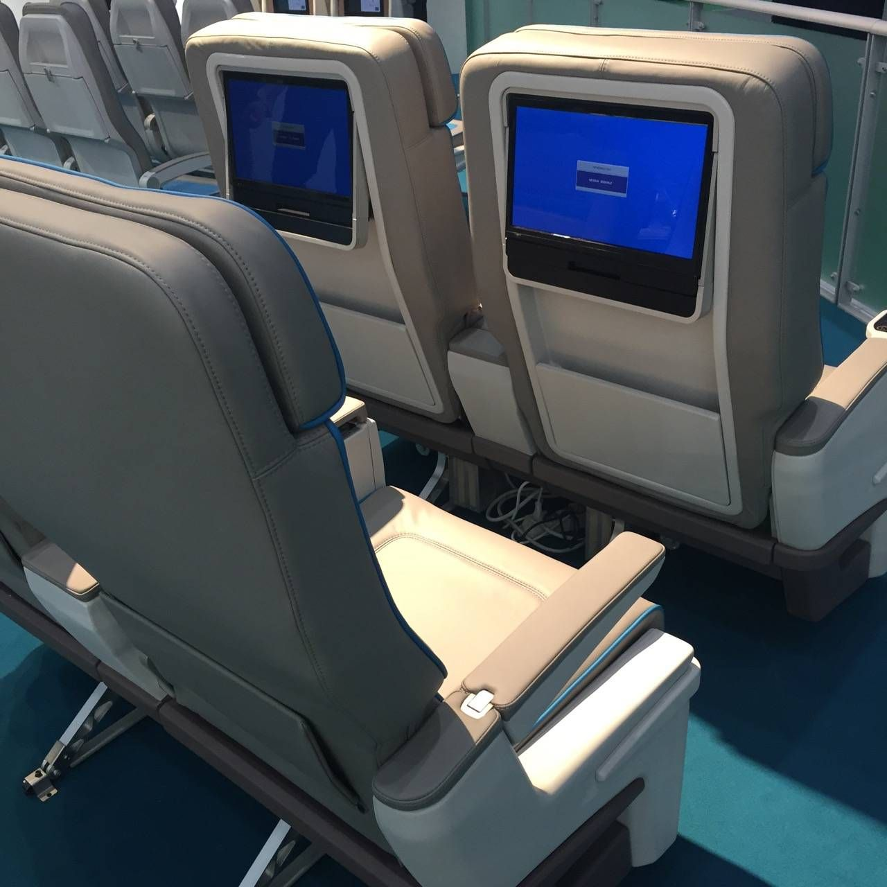 Aircraft Interiors Expo 2015-09