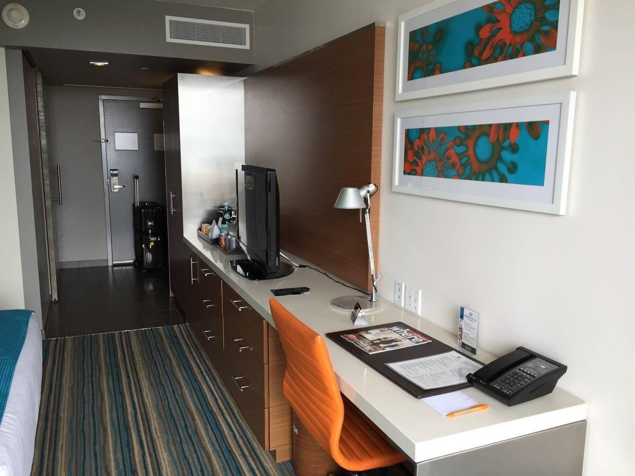 Shore Hotel Santa Monica-012
