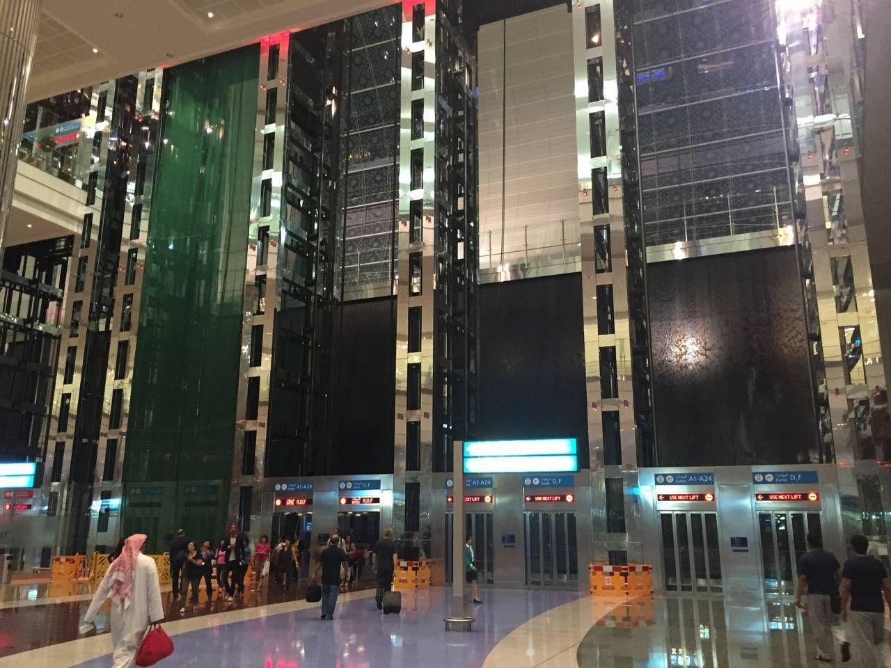 Emirates First Class Lounge Dubai -014