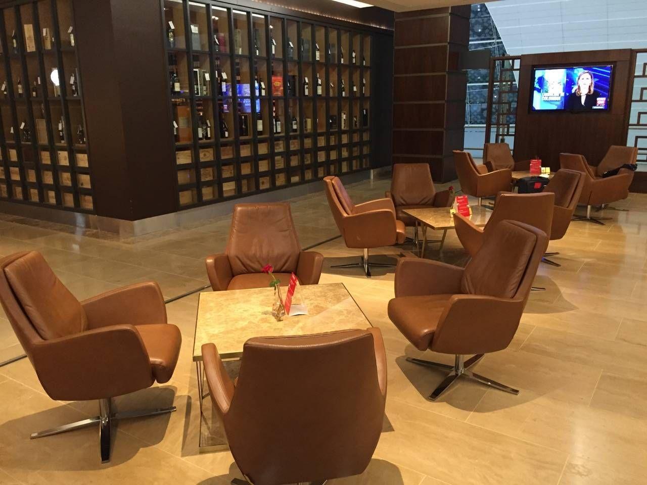 Emirates First Class Lounge Dubai -021
