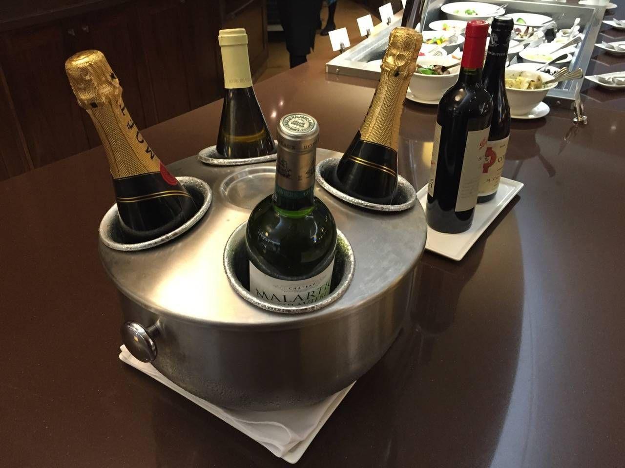 Emirates First Class Lounge Dubai -054