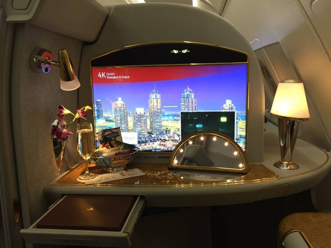 Emirates First Class PVG-DXB-024