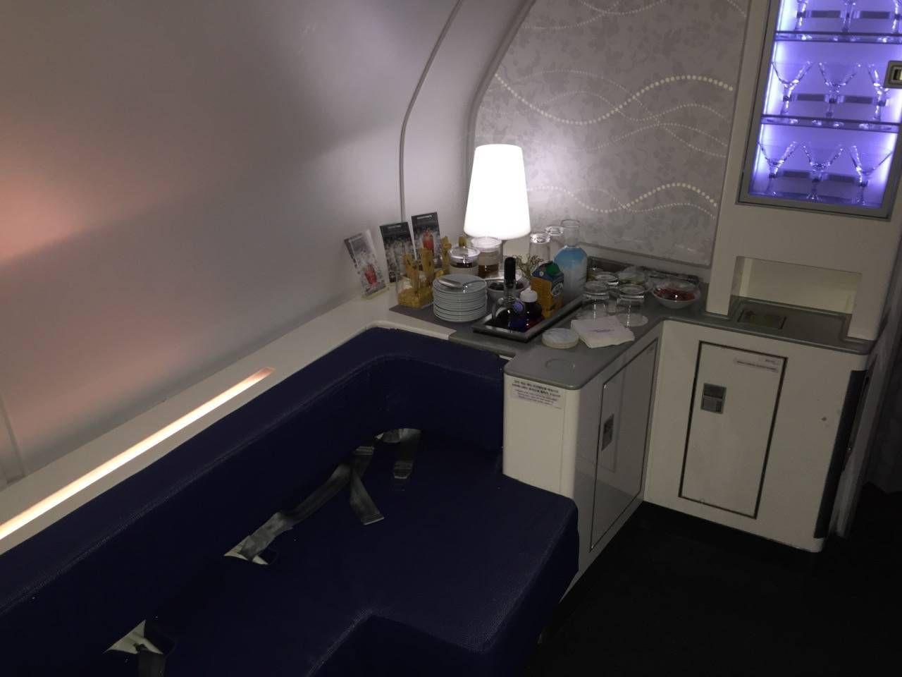 Korean Air First Class A380-054