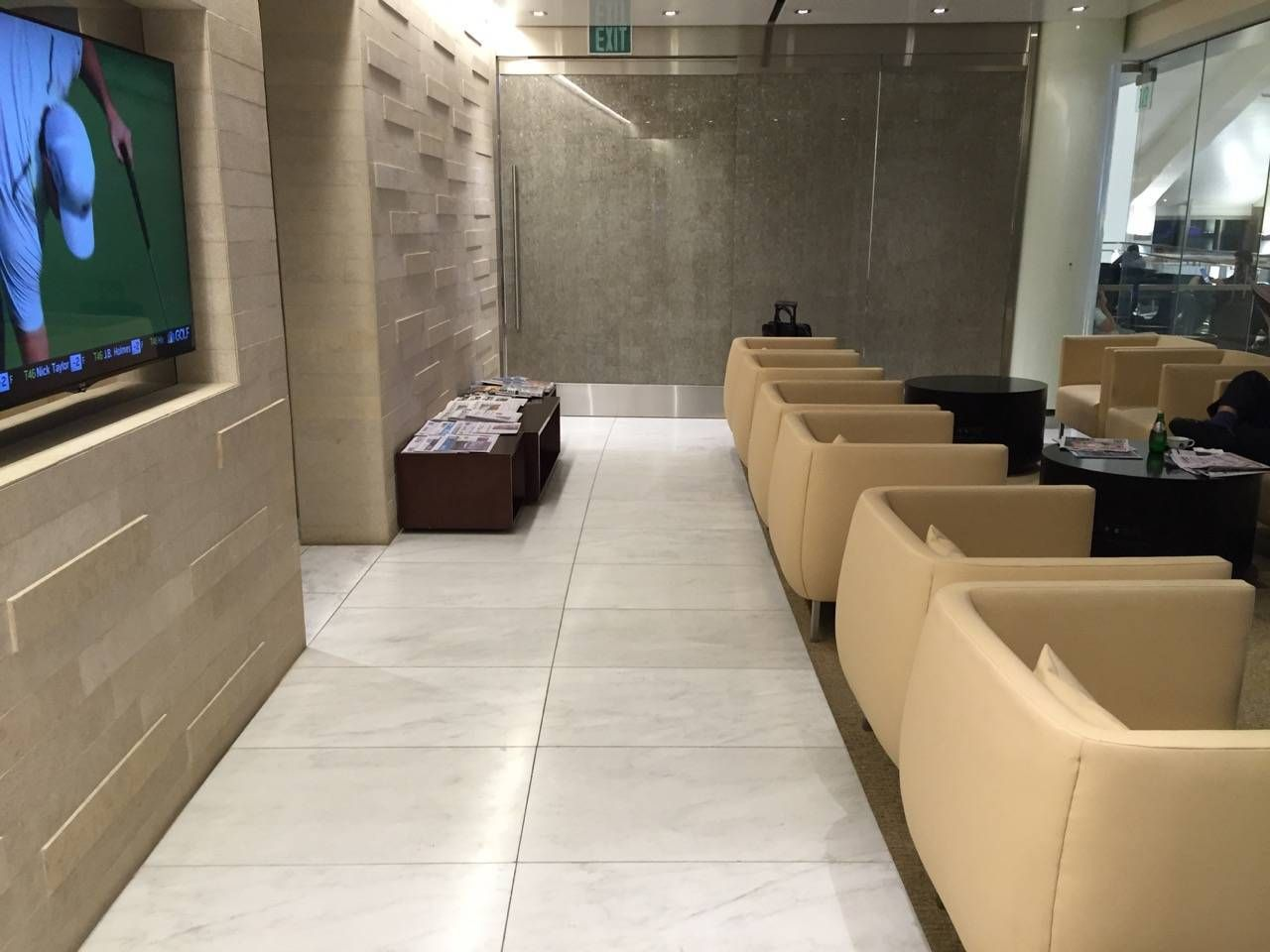 Korean Air First Class Lounge LAX -027