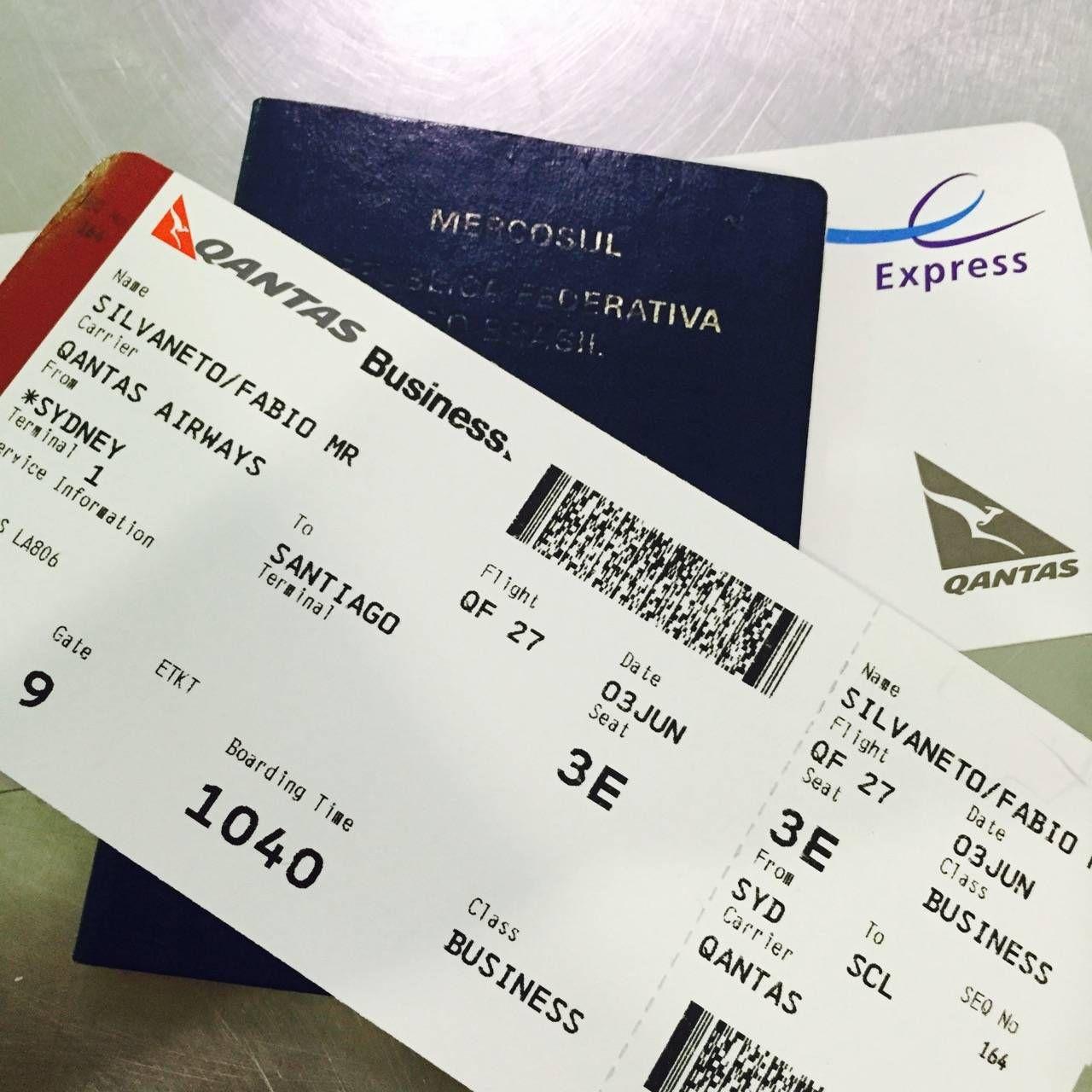 Qantas Business Lounge Sydney -01