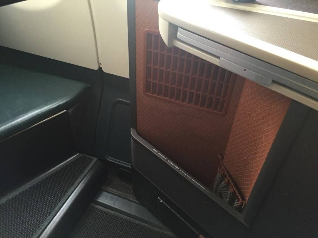 Cathay Pacific A330 Business Class-021
