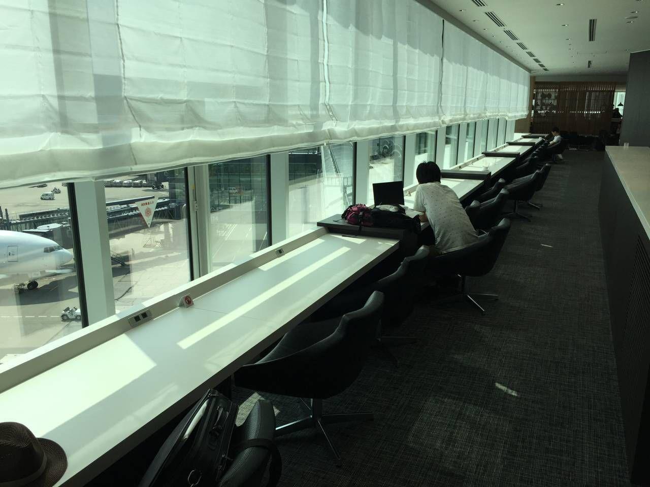 Sakura Lounge VIP Haneda-09