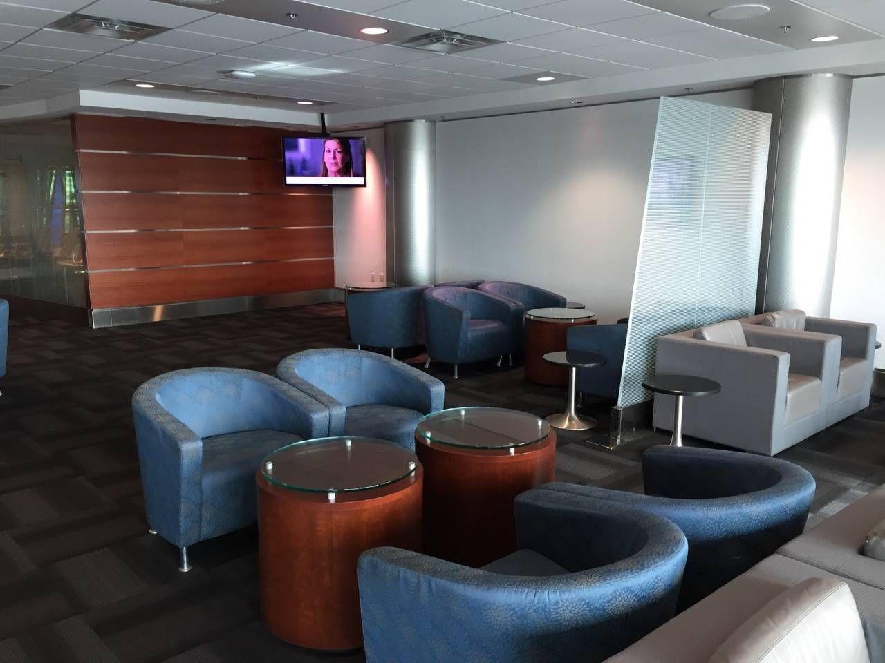 Sala VIP LATAM Miami-023