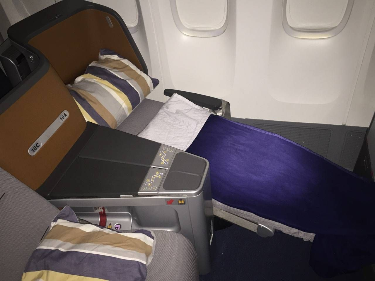 Lufthansa Business Class Executiva B747-8-021