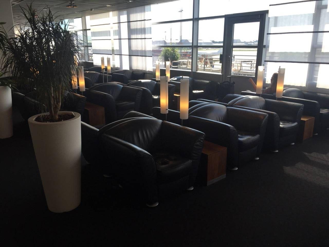 Lufthansa Senator Lounge Hamburg-019