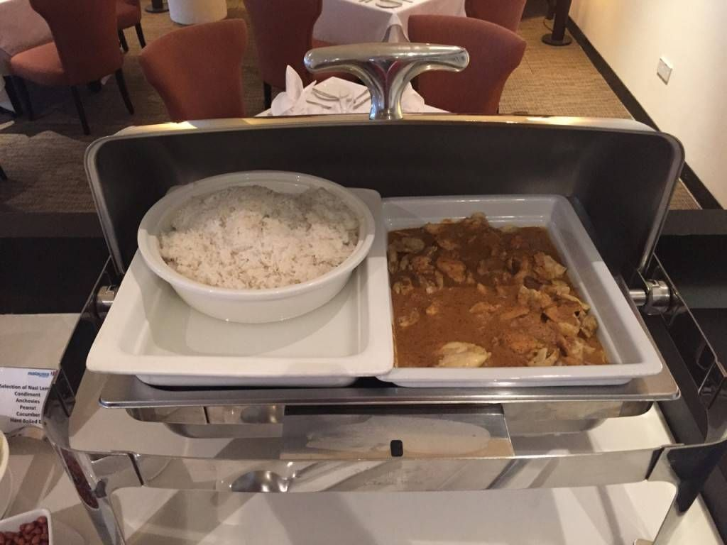 Malaysia Airlines Golden Lounge First Class Kuala Lumpur -027