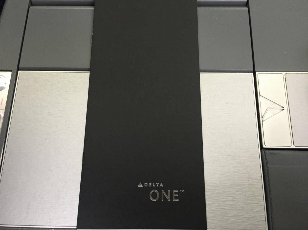 Delta One B767-010