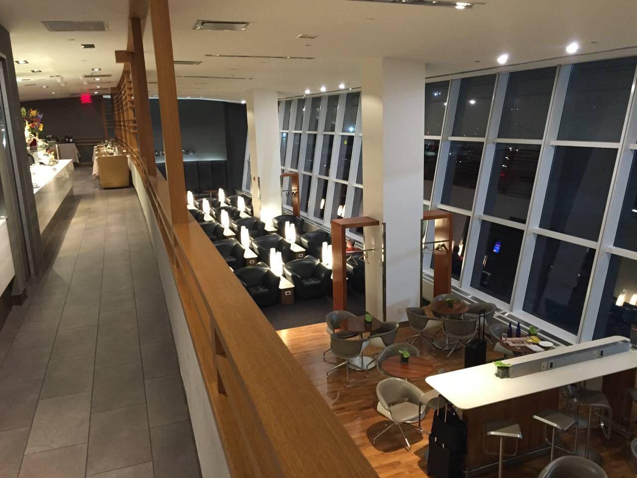 Lufthansa First Class Lounge JFK -020