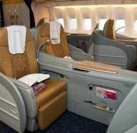 R$25.000 pra voar na Primeira Classe da TAAG. Oi?!