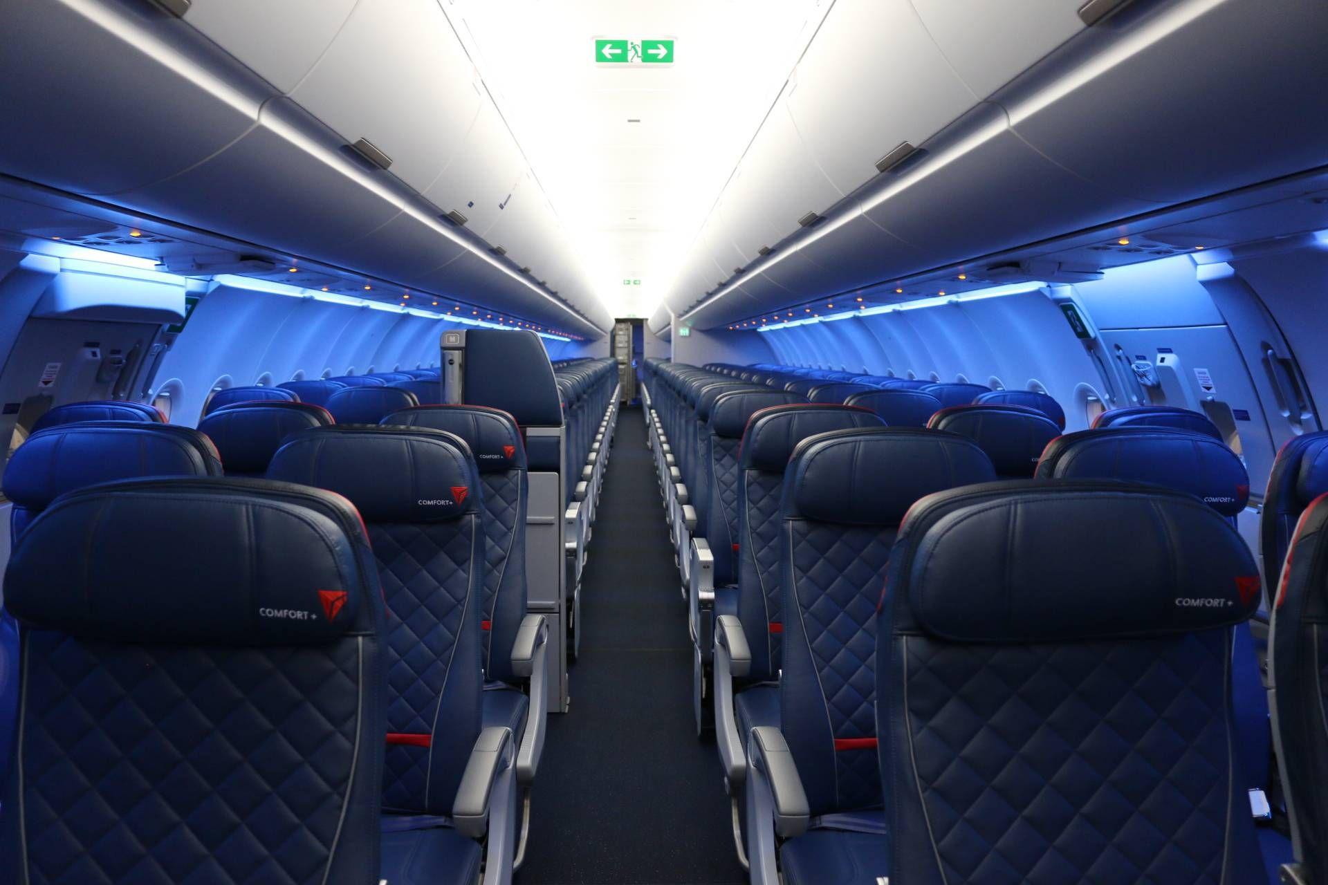 Delta A321 Main Cabin